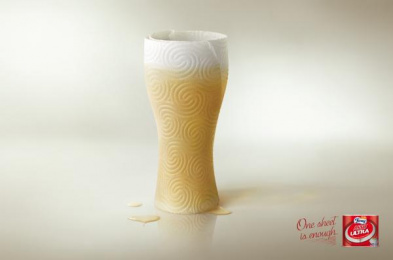Foxy: Glass, 1 Print Ad by Lowe Pirella Milan