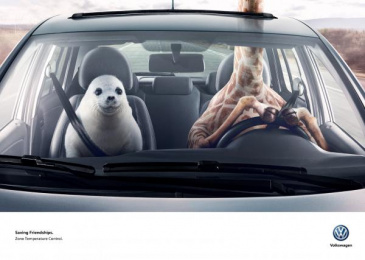 Volkswagen: Giraffe & Seal Print Ad by DDB Buenos Aires