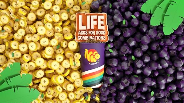 Life Asks for Good Combinations - Banana and Açaí