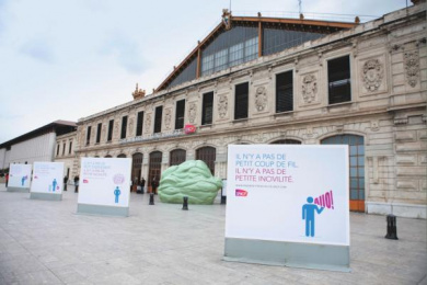 SNCF Webradio: Incivility, 3 Ambient Advert by BETC Euro Rscg Paris