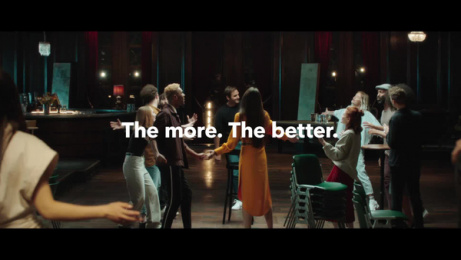 "Sunrise Communications: ""With a little help from my friends"" by Roger Federer Film by Publicis Zurich"