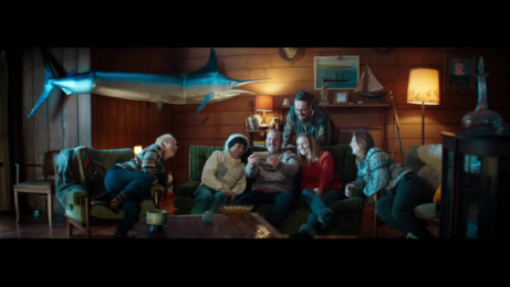 Skinny: Friendvertising, 2 Film by Colenso BBDO Auckland, Good Oil