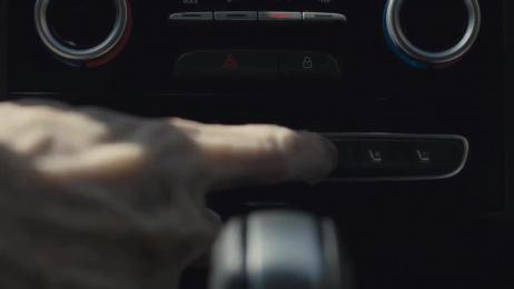"""Renault: Easy """"Zombie"""" Life Film by La PAC, Publicis Conseil Paris"""