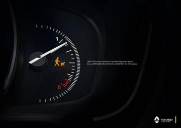 Renault: Dog Print Ad by Publicis Zurich