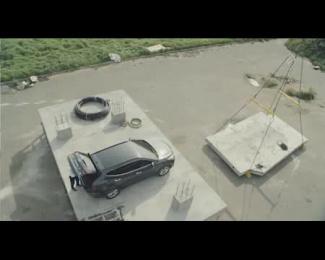 Hyundai Santa Fe: One Day At Construction Site Film by Innocean Seoul, Addict Media Films, Planit