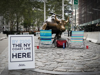 New York Sea: Charging Bull Ambient Advert by Miami Ad School Miami