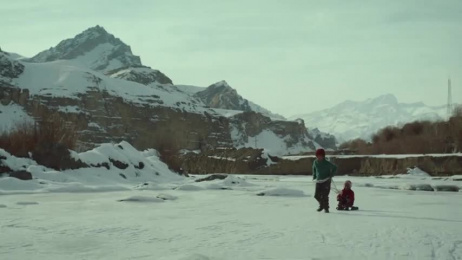 Brontosaurus in Himalaya: Jagrlama Film