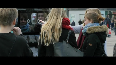 Fashion Revolution (Ngo): The 2 Euro T-shirt - A Social Experiment Outdoor Advert by BBDO Germany