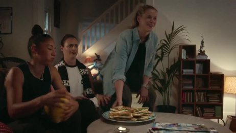 Woolworths: Woolies feeds Australian footy hunger Film by M&C Saatchi Sydney, Renegade Films