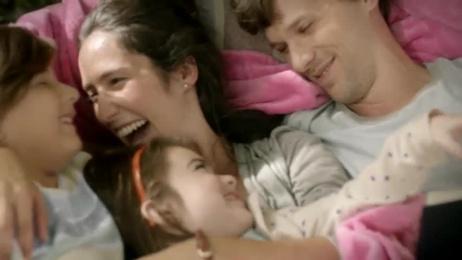 Snuggle: Crescendo Film by Campbell Ewald, Rebolucion
