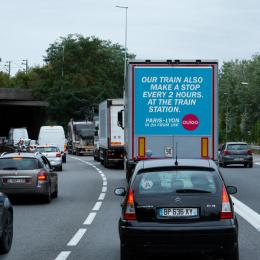 Ouigo: Traffic Jam, 6 Outdoor Advert by Partizan, Rosapark Paris, ZenithOptimedia Paris