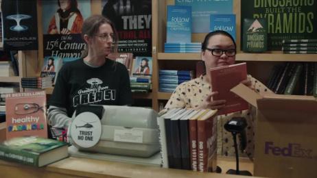 Fedex: Conspiracy Bookstore Film by BBDO New York, Smuggler