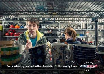Eurosport Tv Channel: SHOPPING Outdoor Advert by Publicis Conseil Paris