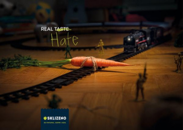 Sklizeno: Carrot Print Ad by McCann Prague