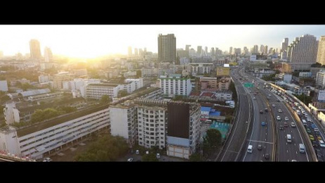 Pantene: The Hair Falling Billboard [image] 1 Ambient Advert by Bearhug, GREYnJ United Thailand