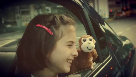 Volkswagen Voyage: Monkey Film by Kepel & Mata
