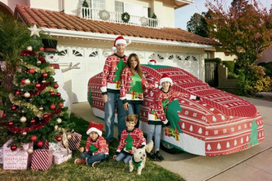 Toyota: The world's first Ugly Xmas Sweater for a car, 2 Direct marketing by Saatchi & Saatchi Los Angeles
