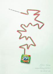 Fruit By The Foot Snack: DOGGIE Outdoor Advert by Saatchi & Saatchi New York