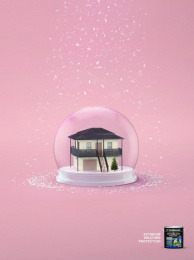 Taubmans: Queenslander Snowglobe Print Ad by Limehouse creative, Naked Communications