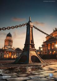 Volkswagen: Eiffel Tower Print Ad by Grabarz & Partner Hamburg