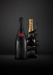 Moët & Chandon: Greatness Since 1998, 4 Design & Branding by Sid Lee Paris