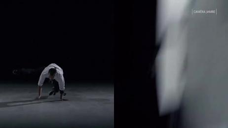 Mercedes-Benz: Le monolithe - breakdancer Film by CLM BBDO Paris, MEC Paris, Xi Chicago