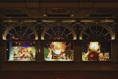 Fortnum & Mason: Christmas Windows, 11 Outdoor Advert by Otherway