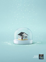 Taubmans: Victoria Snowglobe Print Ad by Limehouse creative, Naked Communications