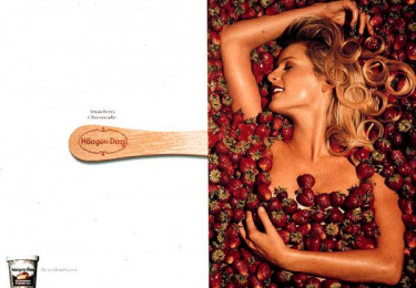 Haagen-dazs: STRAWBERRY CHEESECAKE Print Ad by Upgrade Comunicacao Total