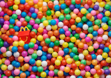 Mcdonald's Happy Meals: Balls Print Ad by TBWA\ Zurich