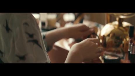 Douglas: First Date Film by Jung Von Matt/Next Hamburg