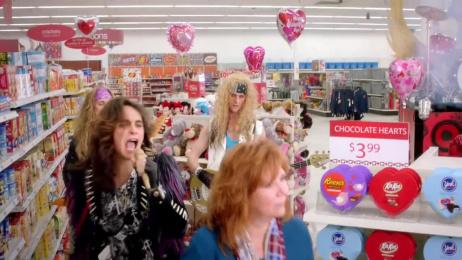 Kmart: Love rocks Film by Havas Worldwide Chicago, m ss ing p eces