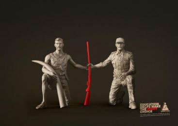 Bharat Learn: Poacher or Forest Ranger Print Ad by Havas Worldwide Mumbai