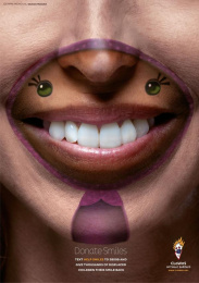 Clowns Without Borders: Donate smiles, 3 Print Ad by J. Walter Thompson Barcelona