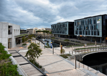 V&a Waterfront: Battery Park, 7 Print Ad by dhk Architects
