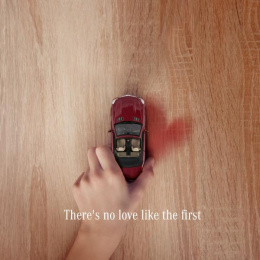 Mercedes-Benz: There's No Love Like the First Digital Advert by Online Circle Digital South Melbourne