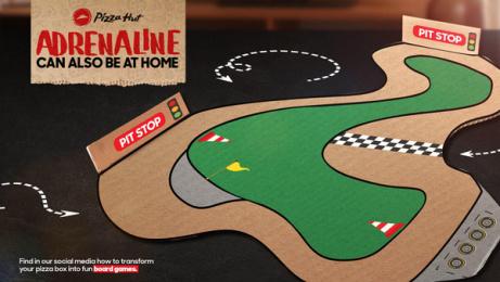 Pizza Hut: Have fun staying at home - Racing box Print Ad by DDB Ecuador