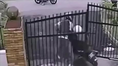 Servis Segurança: Motorcycle Film by Bolero