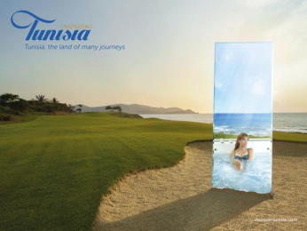 National Office Of The Tunisian Tourism (ONTT): Golf Print Ad by Leo Burnett Paris