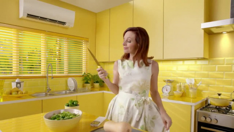 Mitsubishi: Mom preps for dinner Film by Alkemy X, Brunner Atlanta