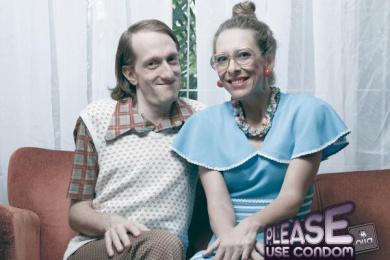 Olla Condoms: Couple Print Ad by Age Comunicacoes Sao Paulo