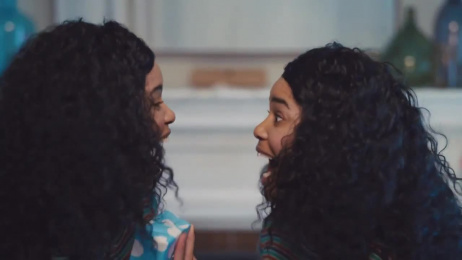 AT&T: Twins [15 sec] Film by BBDO Worldwide USA, Hearts & Science, Organic