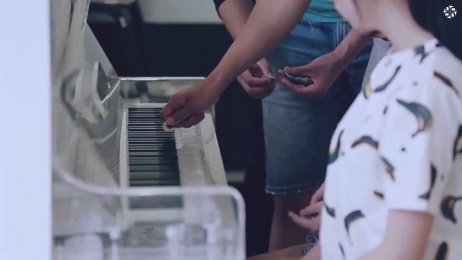 President 7-11 Chain Store: The 7-Eleven Piano Coin Donation Box, [demo] Film by Ogilvy & Mather Taipei