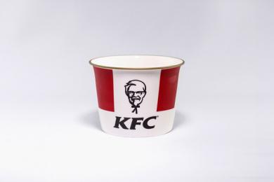 Kentucky Fried Chicken (KFC): The Royal Bucket Print Ad by Iris London