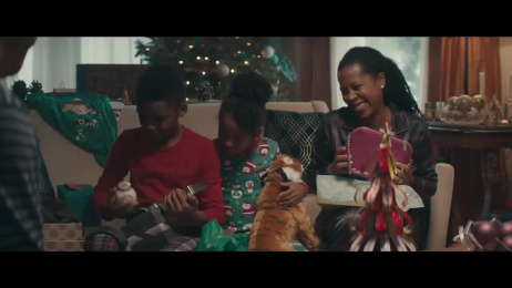 Macy's: The Wrong Size Gift Film by Arts & Sciences, BBDO New York