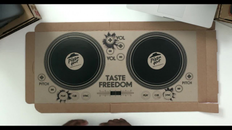 Pizza Hut: DJ Pizza Box Film