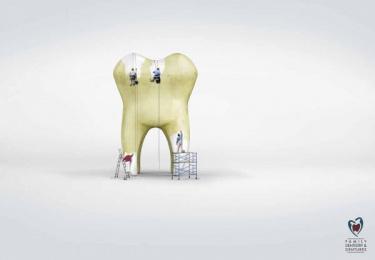 Family Dentistry & Dentures: Whitening Print Ad by Zubi Advertising