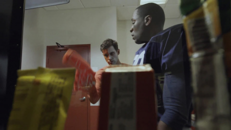 Jiffy Lube: Foam Finger Film by J. Walter Thompson Atlanta