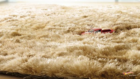 Hot Wheels Toys: Grass Print Ad by Ogilvy & Mather Mumbai