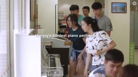 President 7-11 Chain Store: The 7-Eleven Piano Coin Donation Box, [case] Case study by Ogilvy & Mather Taipei
